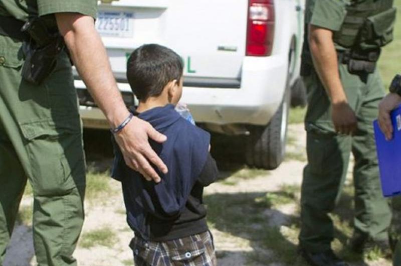 Someterán a revisión médica a los niños inmigrantes detenidos en EUA