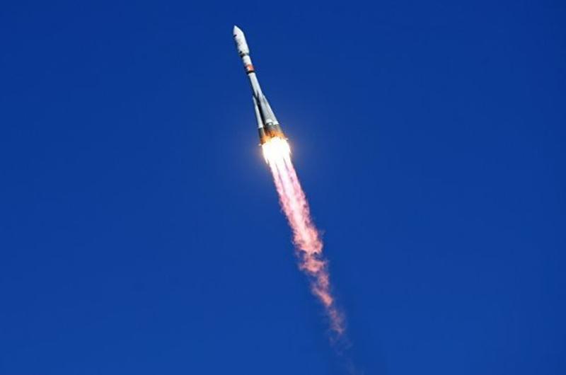Satélites militares lanzados por Rusia alcanzan la órbita