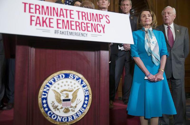"Exfuncionarios de seguridad contra ""emergencia nacional"" en EUA"