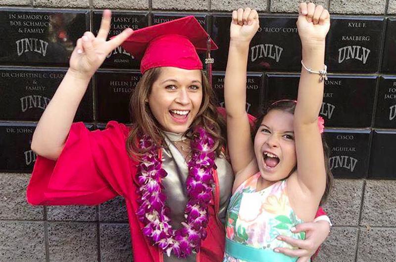 Hablan dos graduadas de UNLV y CSN