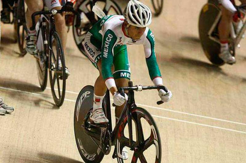 Ciclista Iván Carbajal contento por Premio Estatal del Deporte 2017