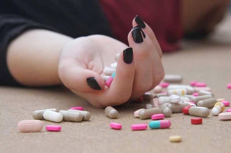 Cómo ayudar a prevenir el suicidio entre los jóvenes