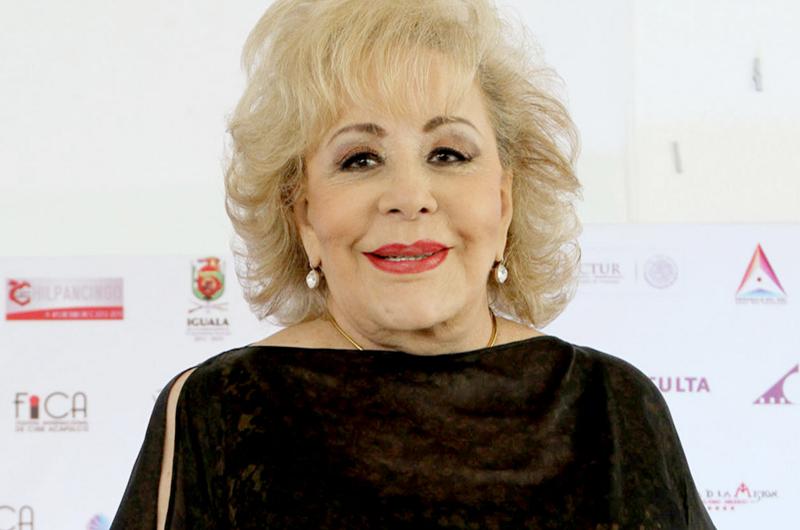 Silvia Pinal narrará su vida sólo hasta la década de los ochenta