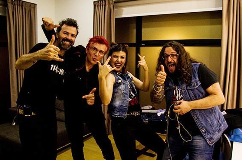 Jarabedepalo ofrece concierto íntimo, contento por regresar a México