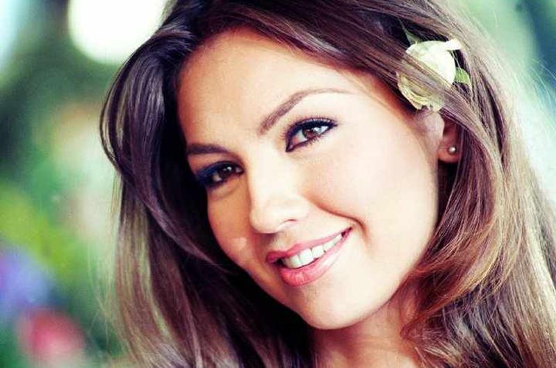 Thalía recibirá premio Latino Impact Summit 2017 por labor humanitaria