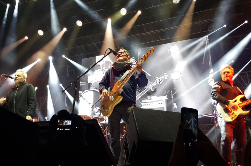Hombres G y Enanitos Verdes llenan de rock y energía a Tijuana