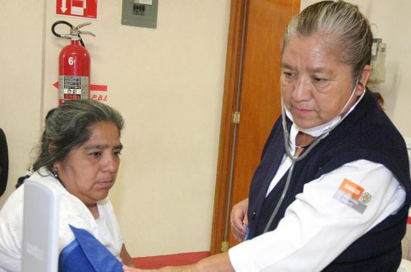 Mantiene IMSS Chihuahua acciones permanentes de salud para mujeres