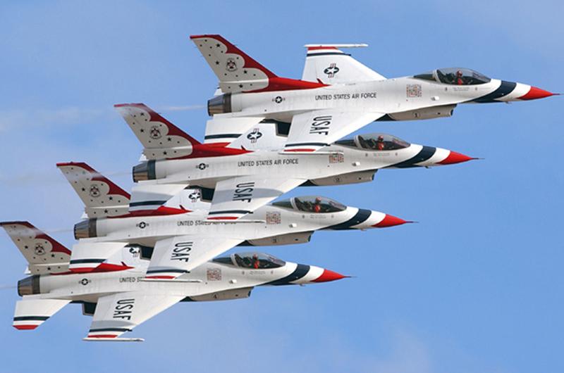 """Murió piloto de los """"Thunderbirds"""" durante una práctica en Nevada"""
