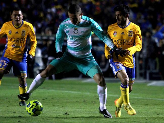 Santos tiene expectativas muy altas, asegura mediocampista Walter Sandoval