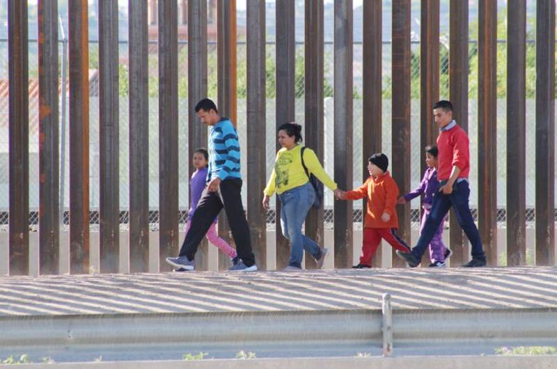 Convertir al migrante indocumentado en documentado: Arturo de las Fuentes